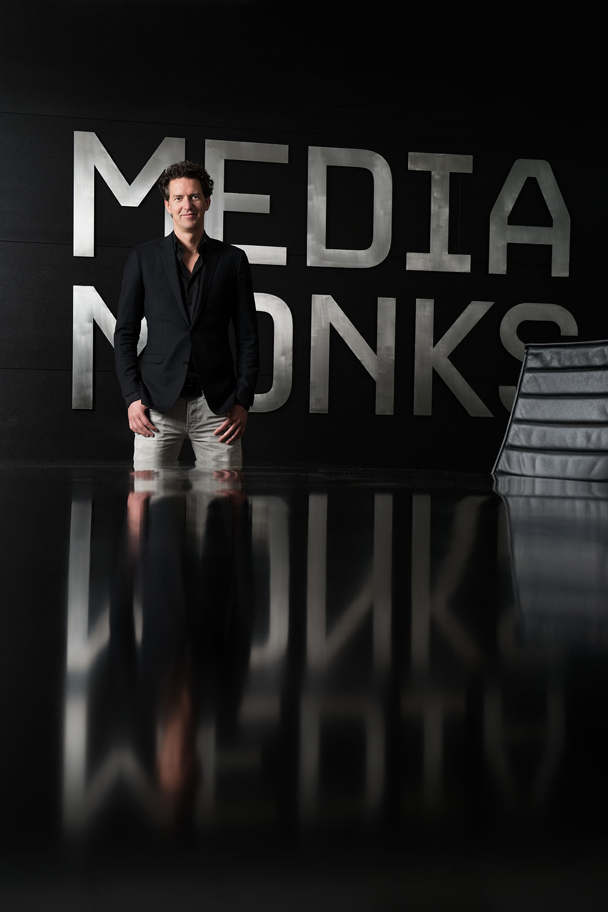 Victor Knaap - managing director Media Monks | zakelijk portret man